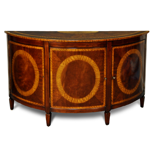 Demilune Commode